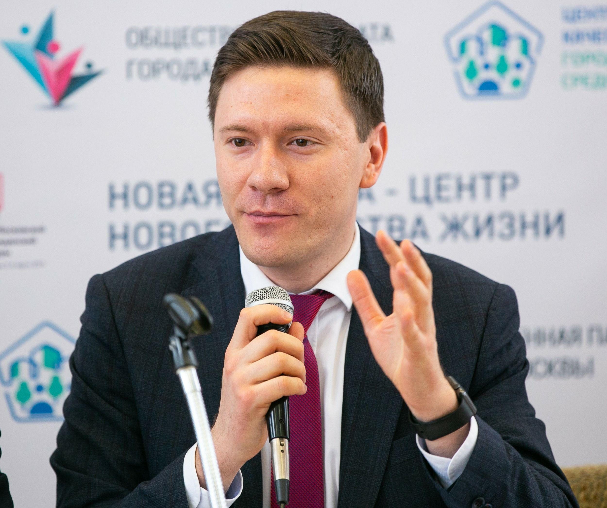 Депутат МГД  Александр Козлов: Процедура чипирования сегодня занимает всего несколько минут