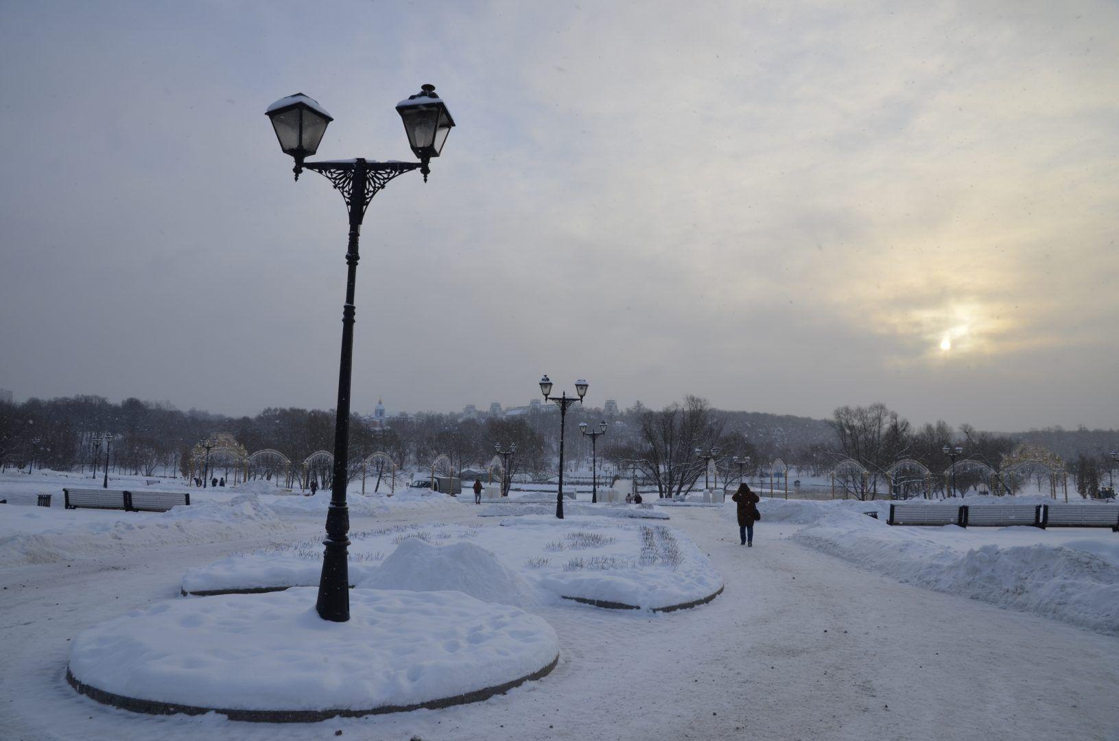 Специалисты подготовят территорию Внуковского к весенне-летнему периоду. Фото: Анна Быкова