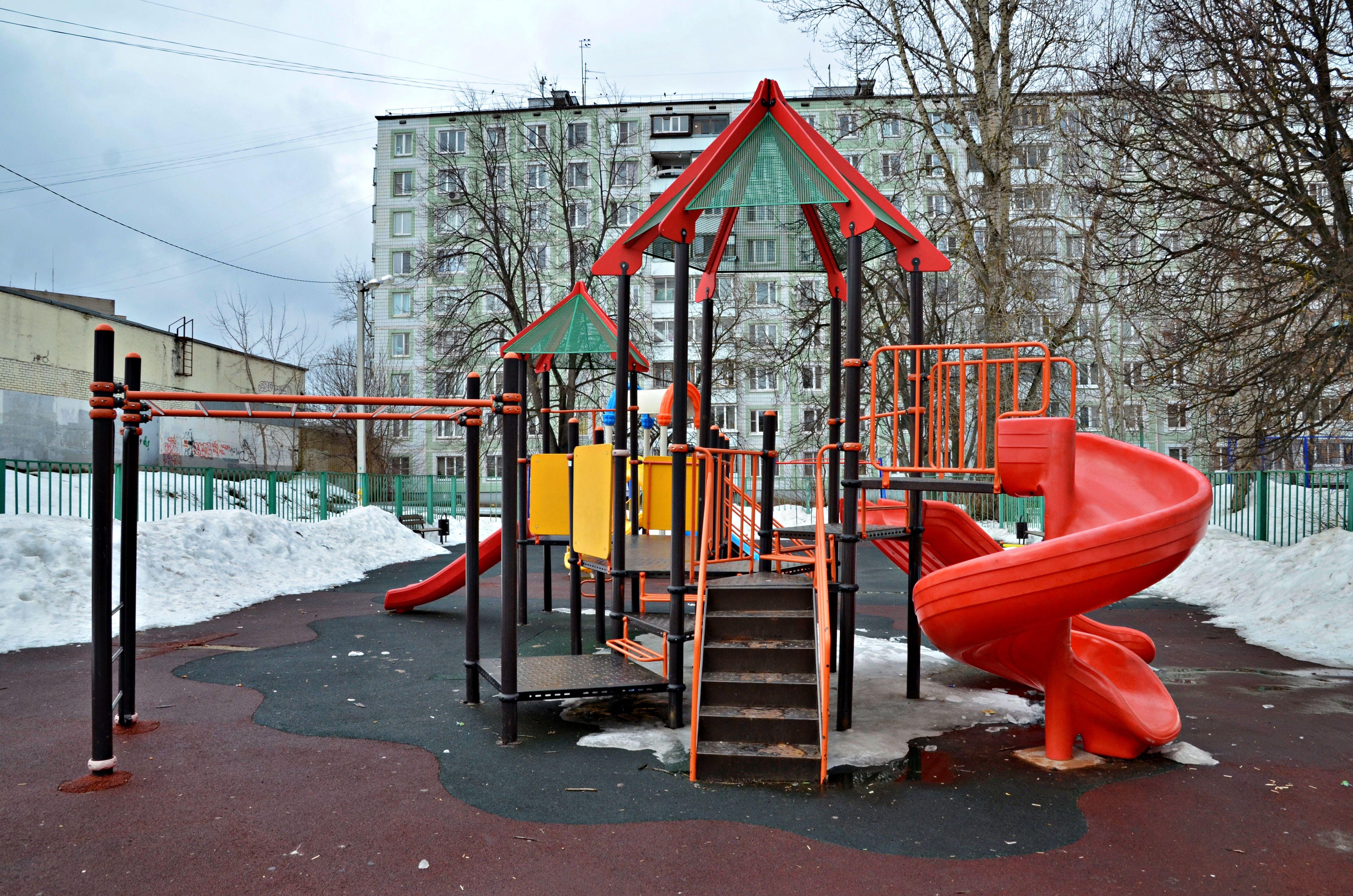 Новая детская площадка появится в Губкине