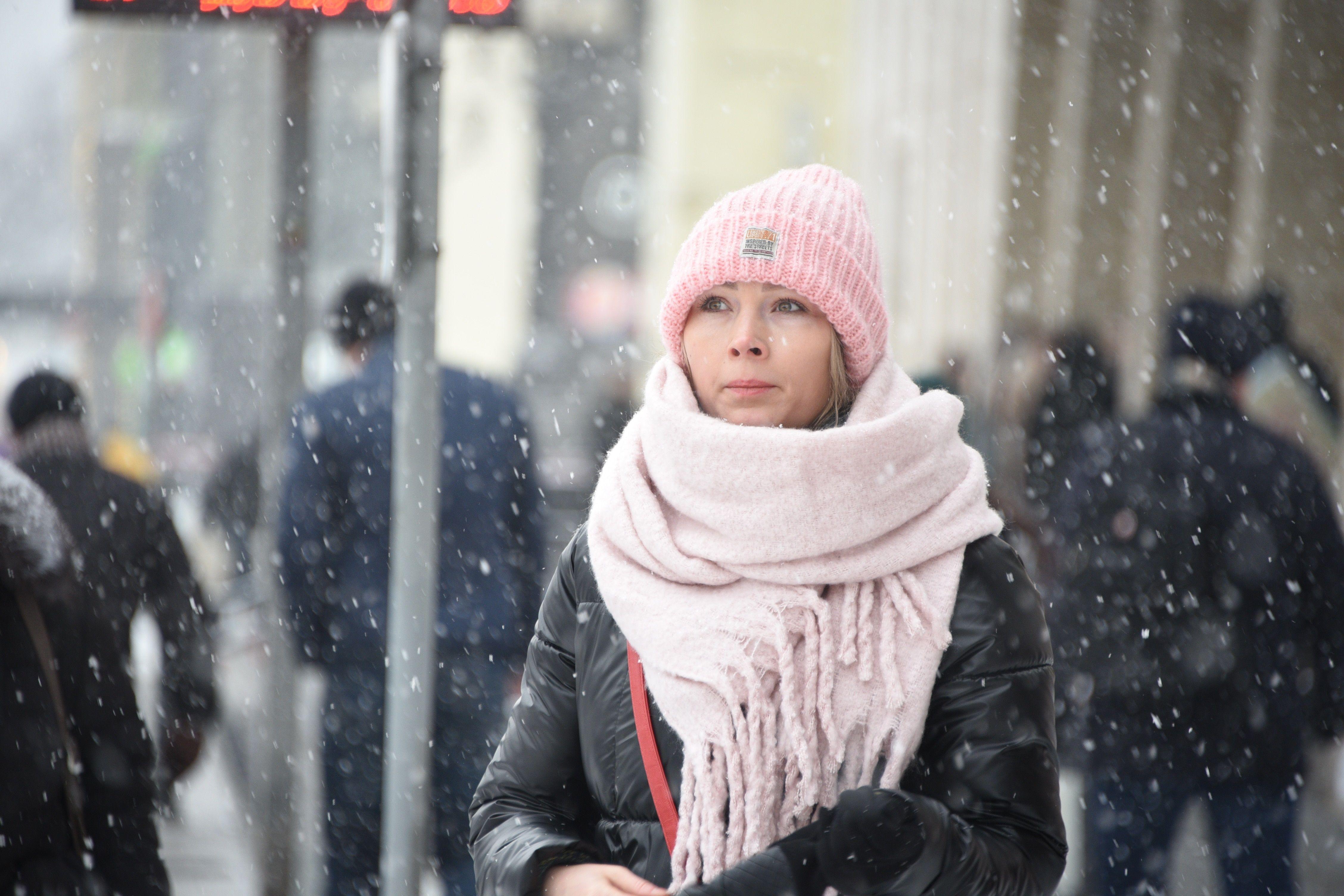 Москвичей предупредили о возвращении холода и снега