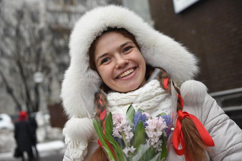 Праздничные выходные в Москве будут теплыми и ветреными