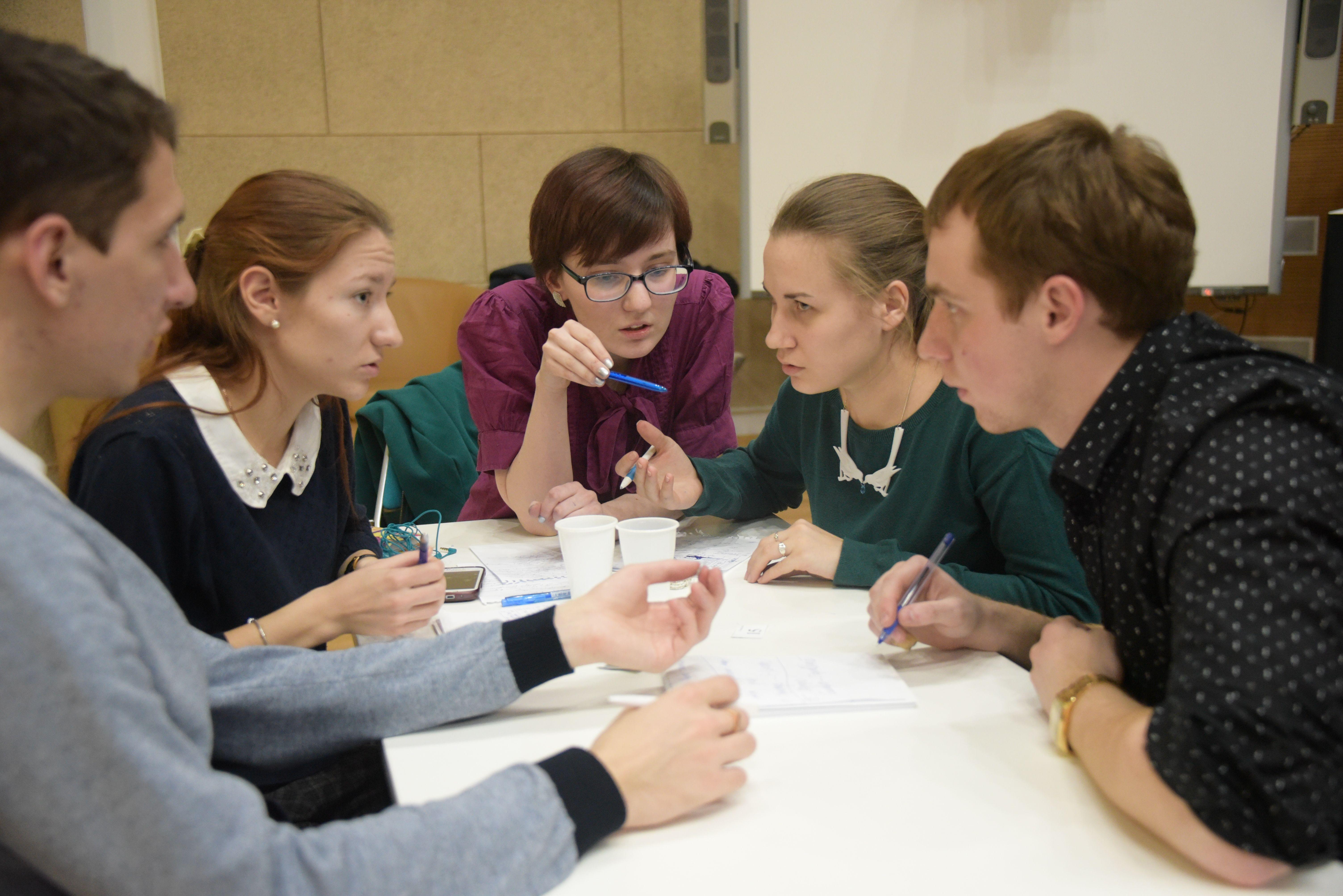 Активисты из Десеновского рассказали об особенностях работы в Молодежной палате