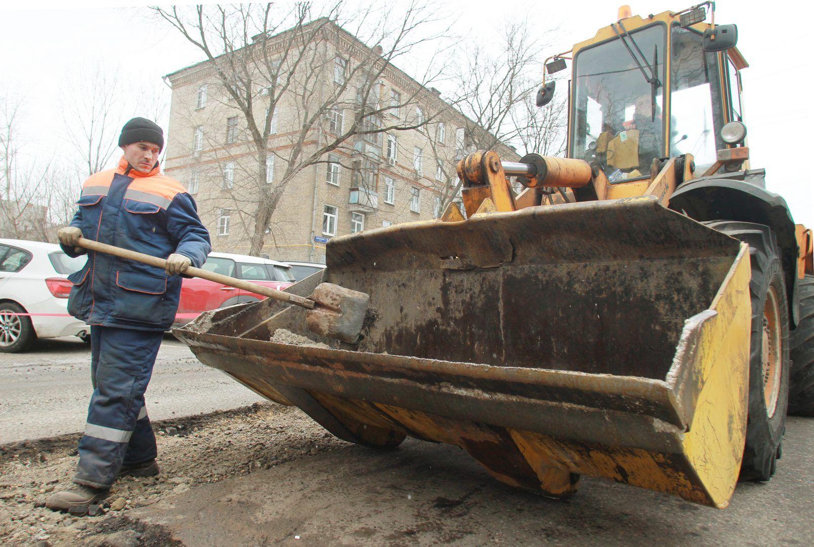 Улицы в Сосенском начали реконструировать специалисты. Фото: Наталия Нечаева, «Вечерняя Москва»