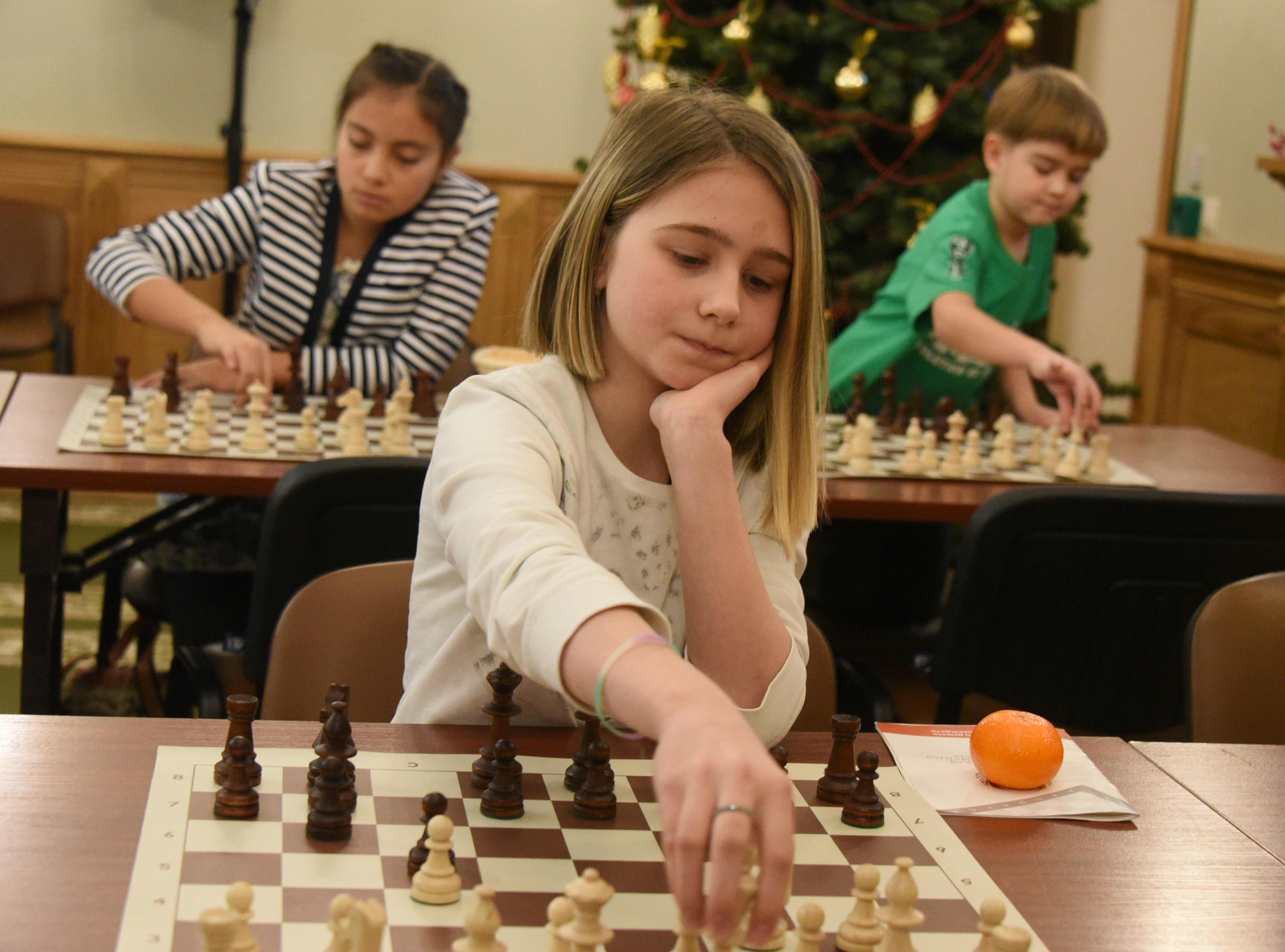 Юные шахматисты сразятся в окружном турнире в Сосенском
