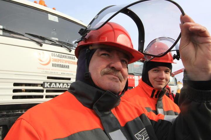 Спасатели провели учения по предотвращению последствий половодья в Кленовском