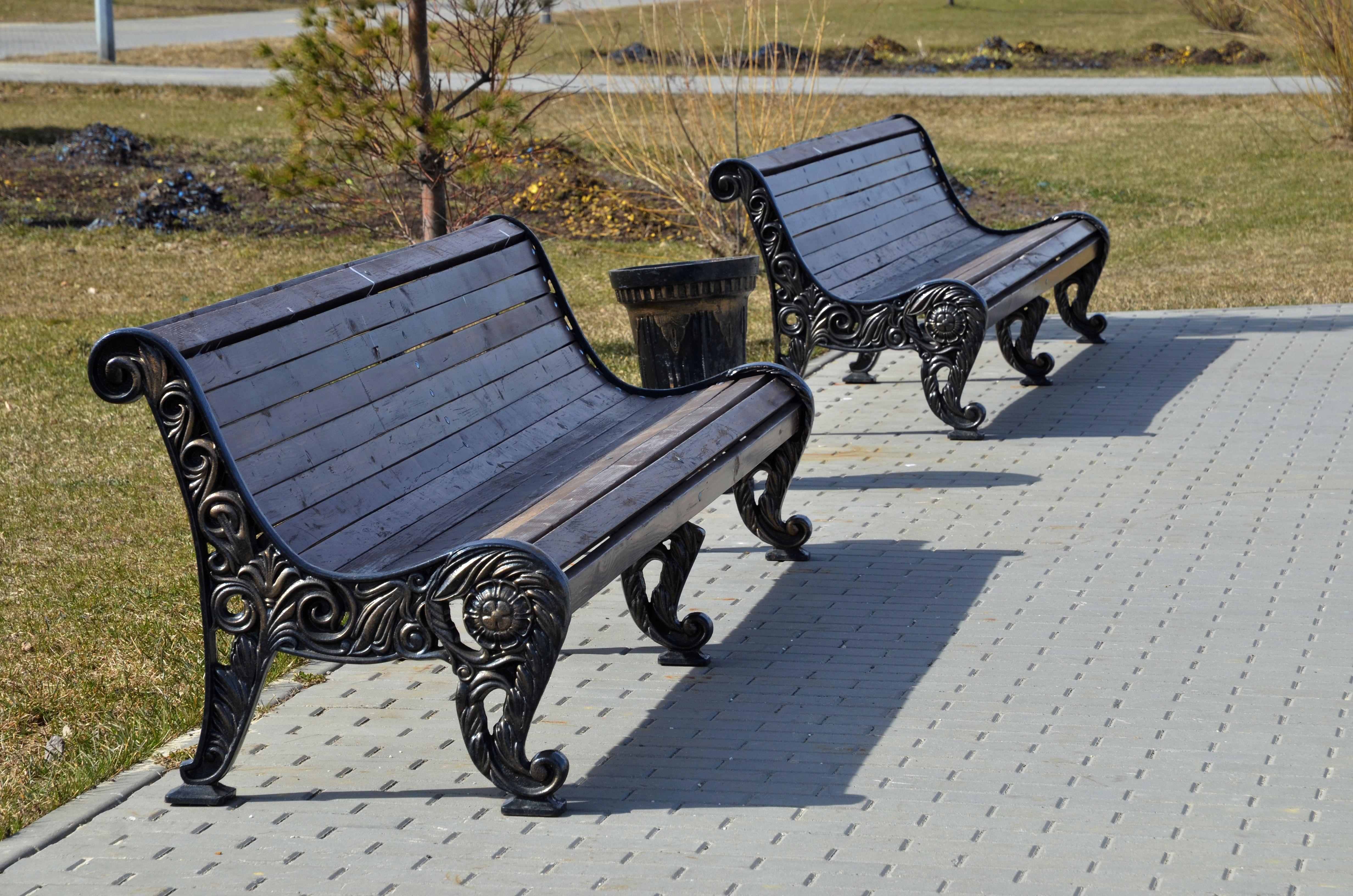 Скамейки установят в Щаповском до конца месяца
