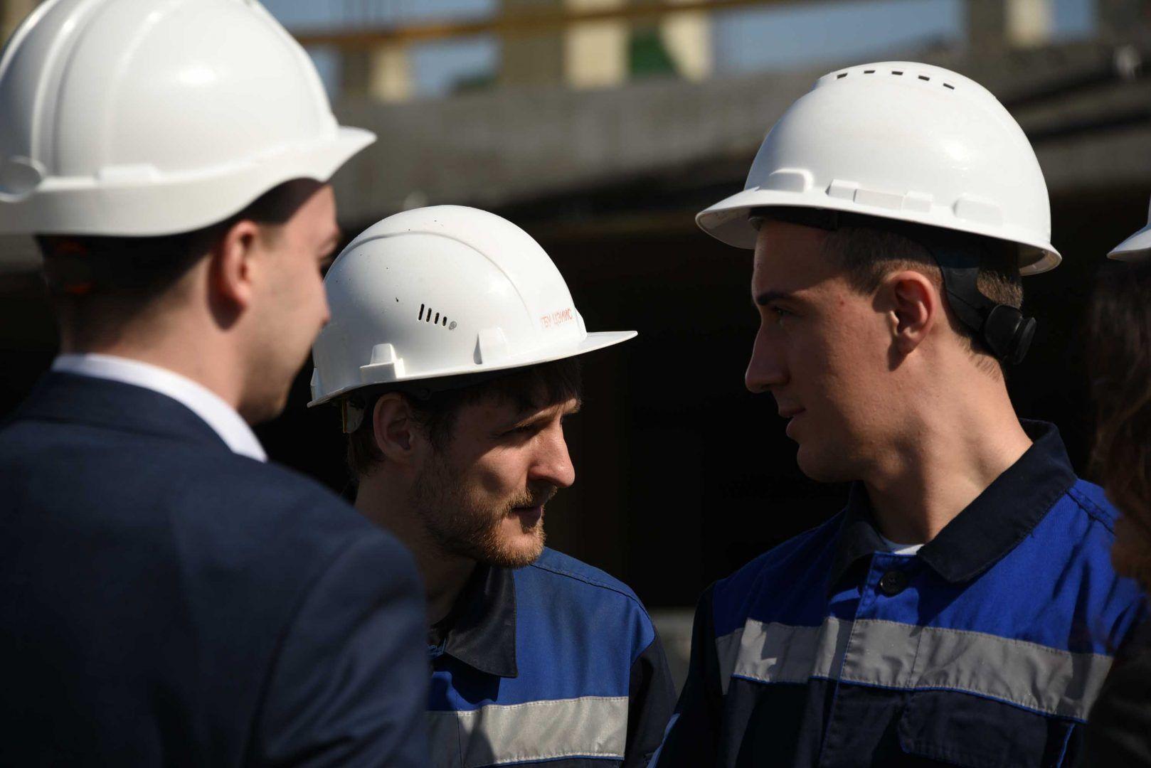 Строительство недвижимости в Новой Москве обеспечило работой 100 тысяч человек. Фото: Пелагия Замятина, «Вечерняя Москва»