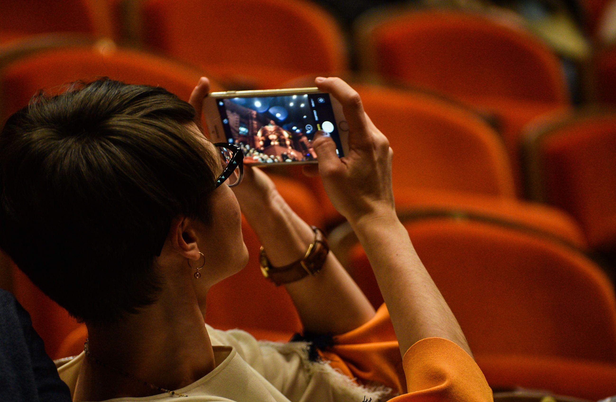 Юные театралы коллектива «Маска» из Шишкиного Леса поучаствуют в фестивале