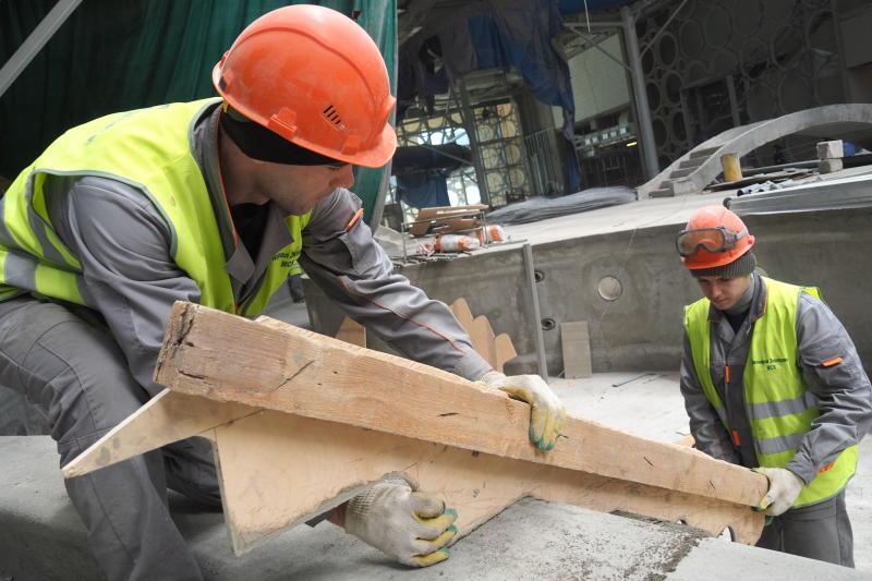 Первые публичные слушания по реновации прошли сразу в шести районах