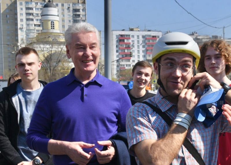 Собянин открыл городской велопрокат. Фото: на фото мэр Москвы Сергей Собянин
