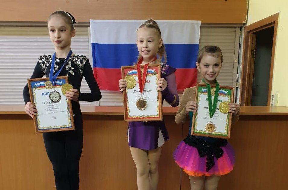 Фигуристка из Щербинки стала призером соревнований. Фото предоставила Александра Чистякова