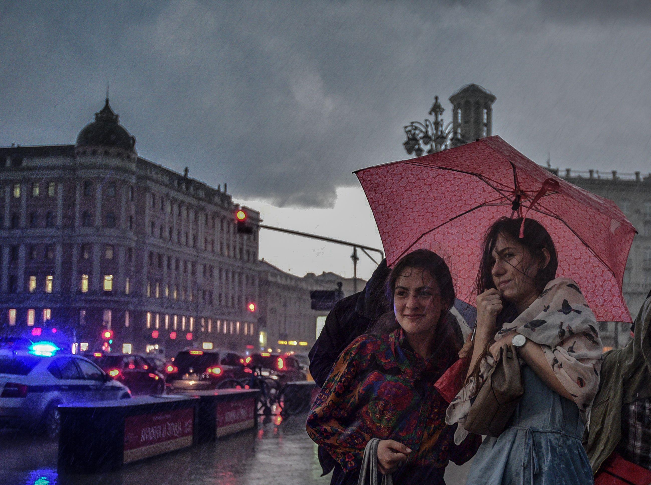 Грозовые дожди накроют Москву