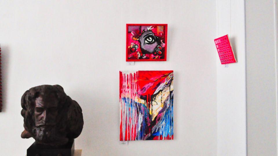 Жителей и гостей Щербинки пригласили на художественную выставку