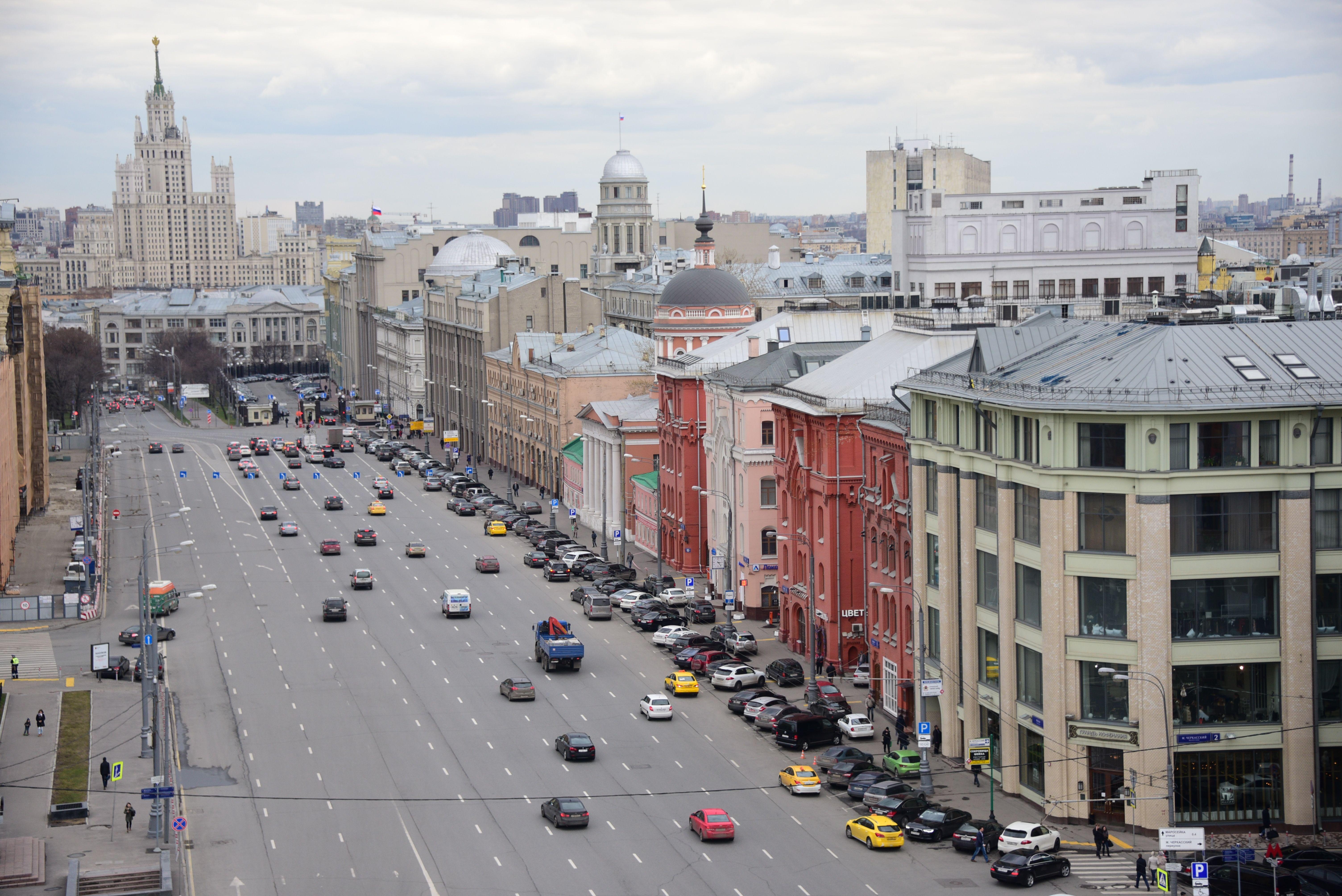 Москву накроют дожди и 22 градуса тепла в воскресенье