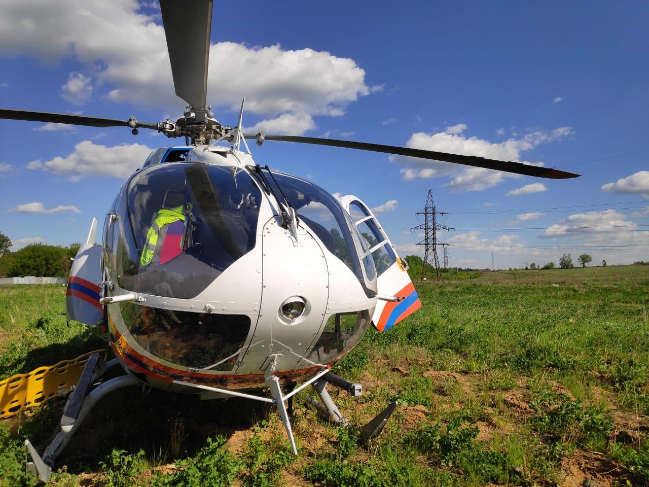 вертолет Московского авиационного центра вылетел по вызову на место ДТП