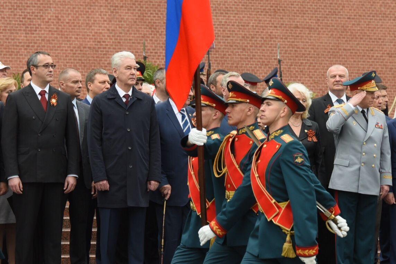 Собянин поздравил москвичей с Днем Победы