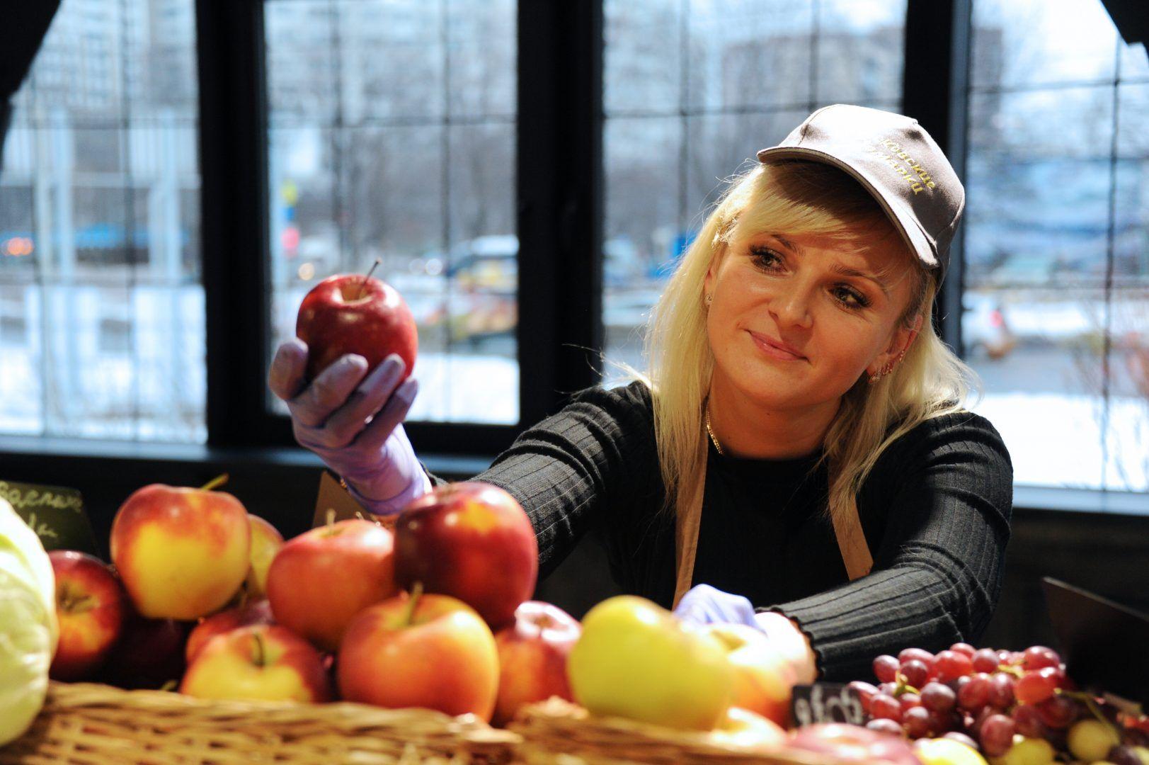 Нужно употреблять больше фруктов и овощей. Фото: Светлана Колоскова