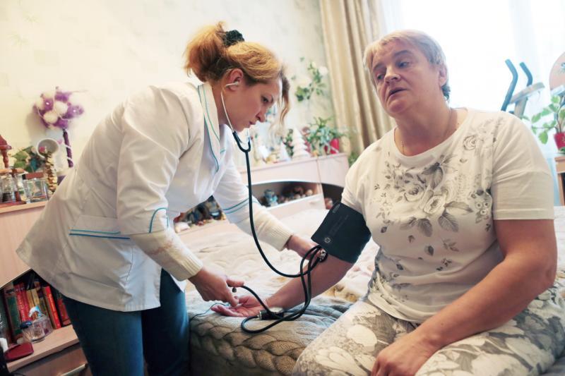Медицинскую помощь на дому получили шесть миллионов пациентов
