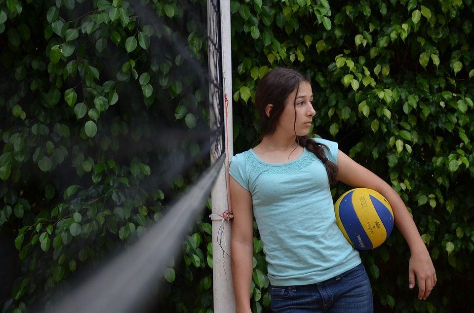 Волейбол организуют для всех. Весенние выходные ожидаются насыщенными. Фото: pixabay.com