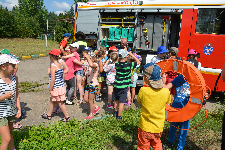 Безопасные летние каникулы с пожарными Новой Москвы!