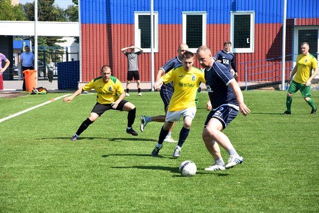 Футбольная сборная УВД по ТиНАО одержала очередную победу в групповом этапе турнира по мини-футболу