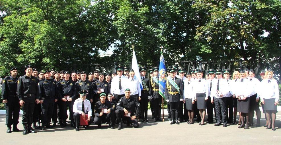 В УФССП России по Москве в торжественной обстановке вручены награды сотрудникам