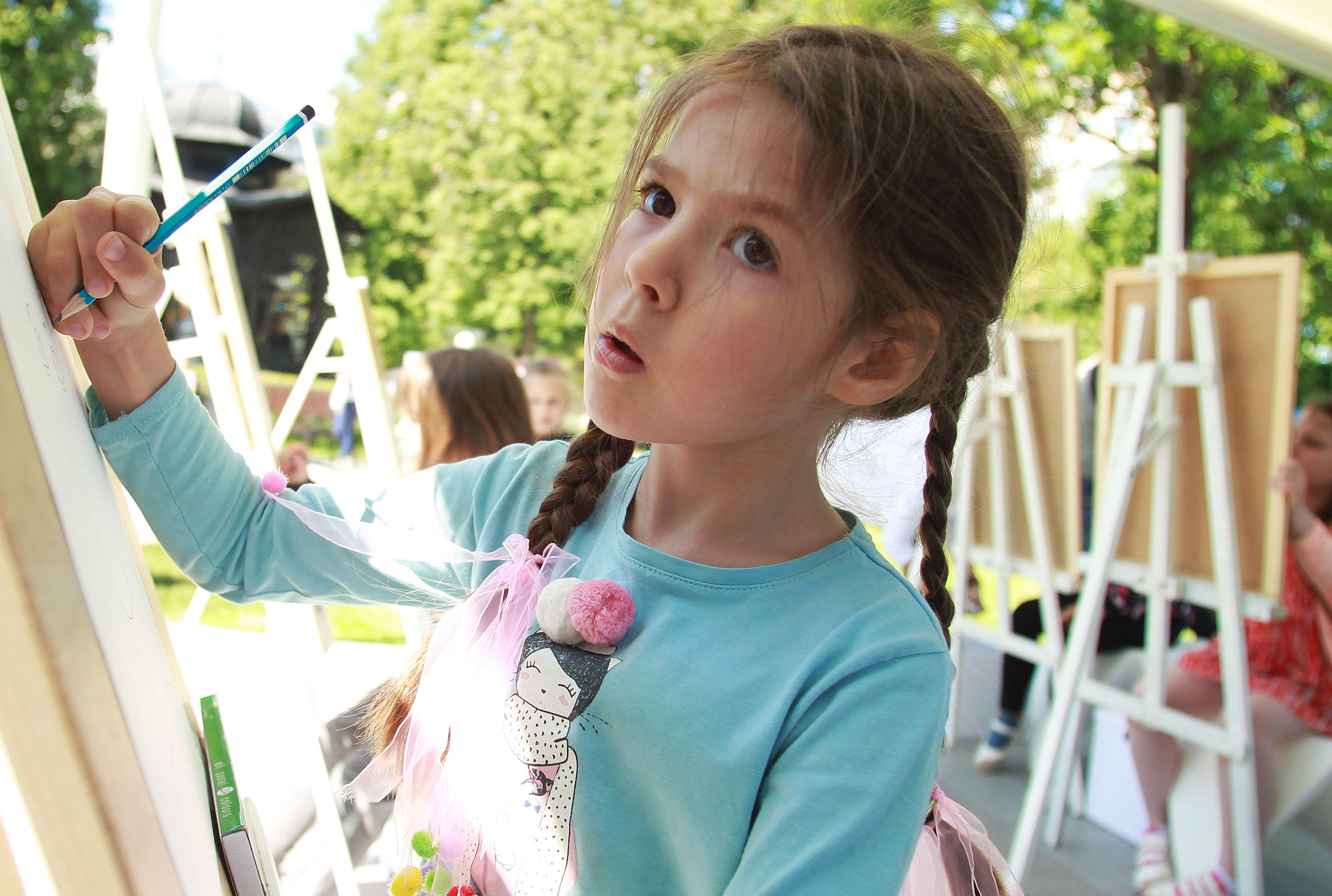 Юные творцы из Первомайского смогут поучаствовать в конкурсе. Фото: Наталия Нечаева, «Вечерняя Москва»