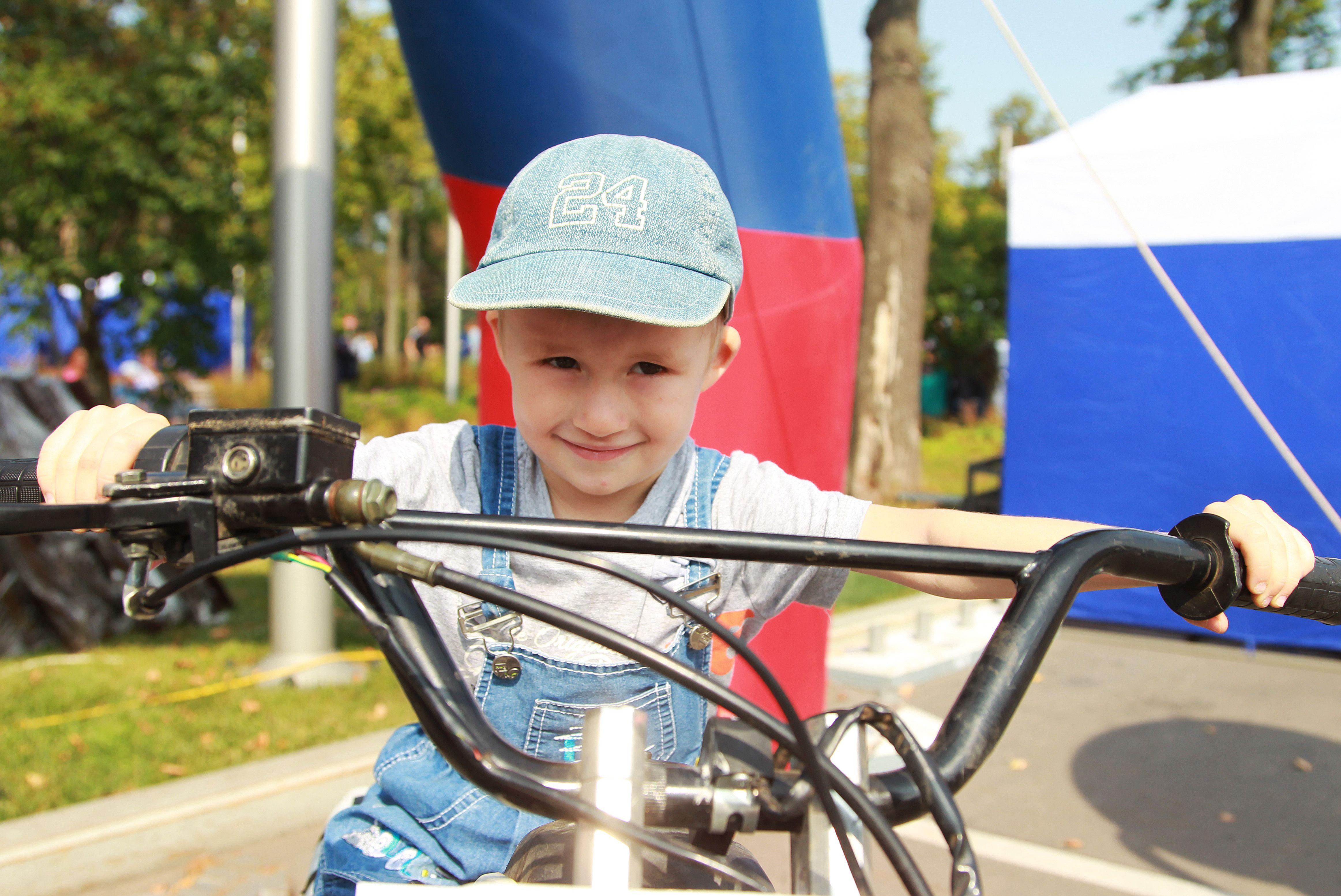 Спортсмены из Краснопахорского выступили на соревнованиях по велоспорту в Латвии
