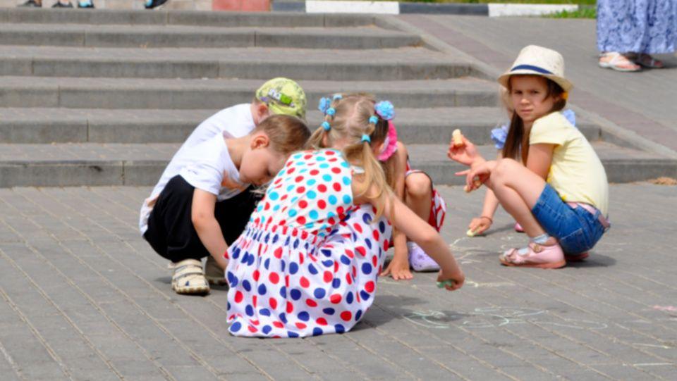 Детский праздник провели в поселке Щапово