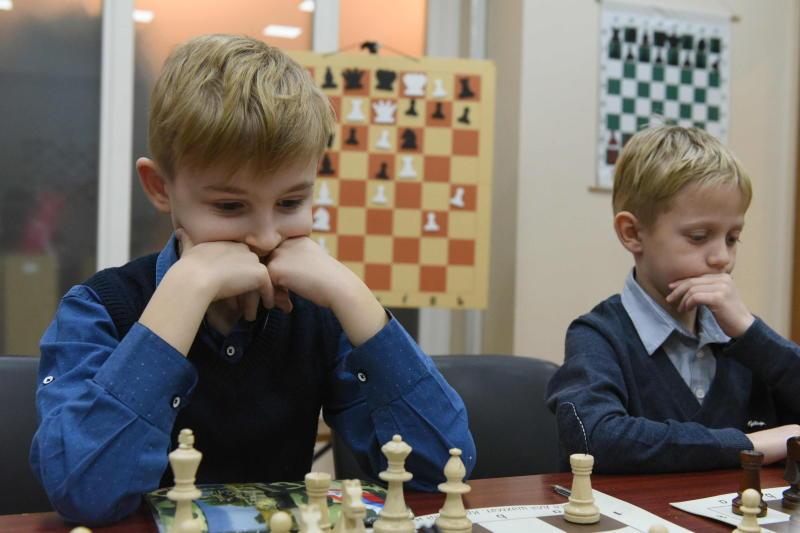 Шахматисты и шашисты встретятся на соревнованиях в Московском