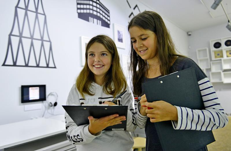 Школьники из Десеновского посетят экскурсии по усадьбам писателей