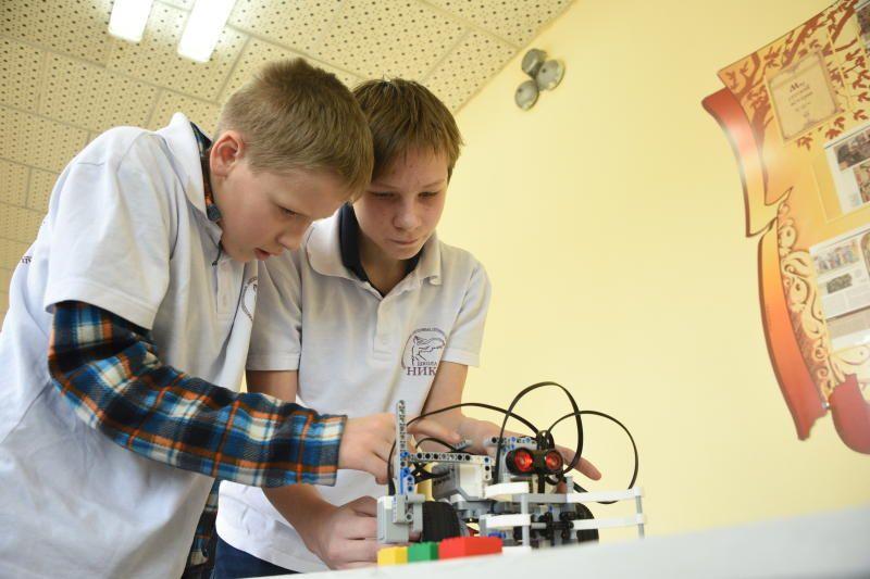 Московские школьники завоевали три «золота» робототехнической олимпиады. Фото: архив