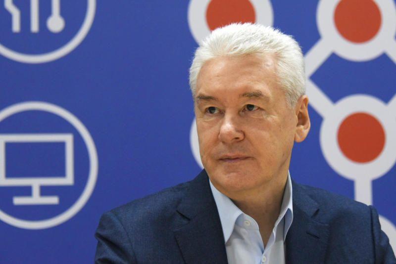 Собянин рассказал о программе повышения доходов малоимущих семей с детьми