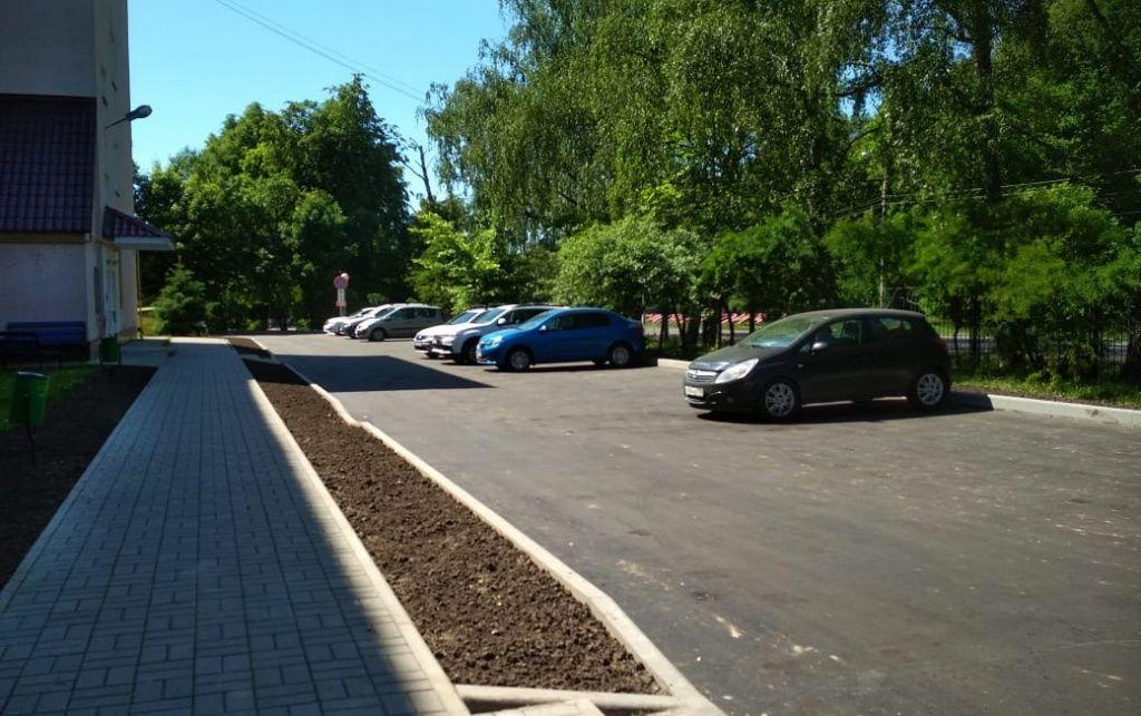 Парковки и тротуары обустроят в Краснопахорском