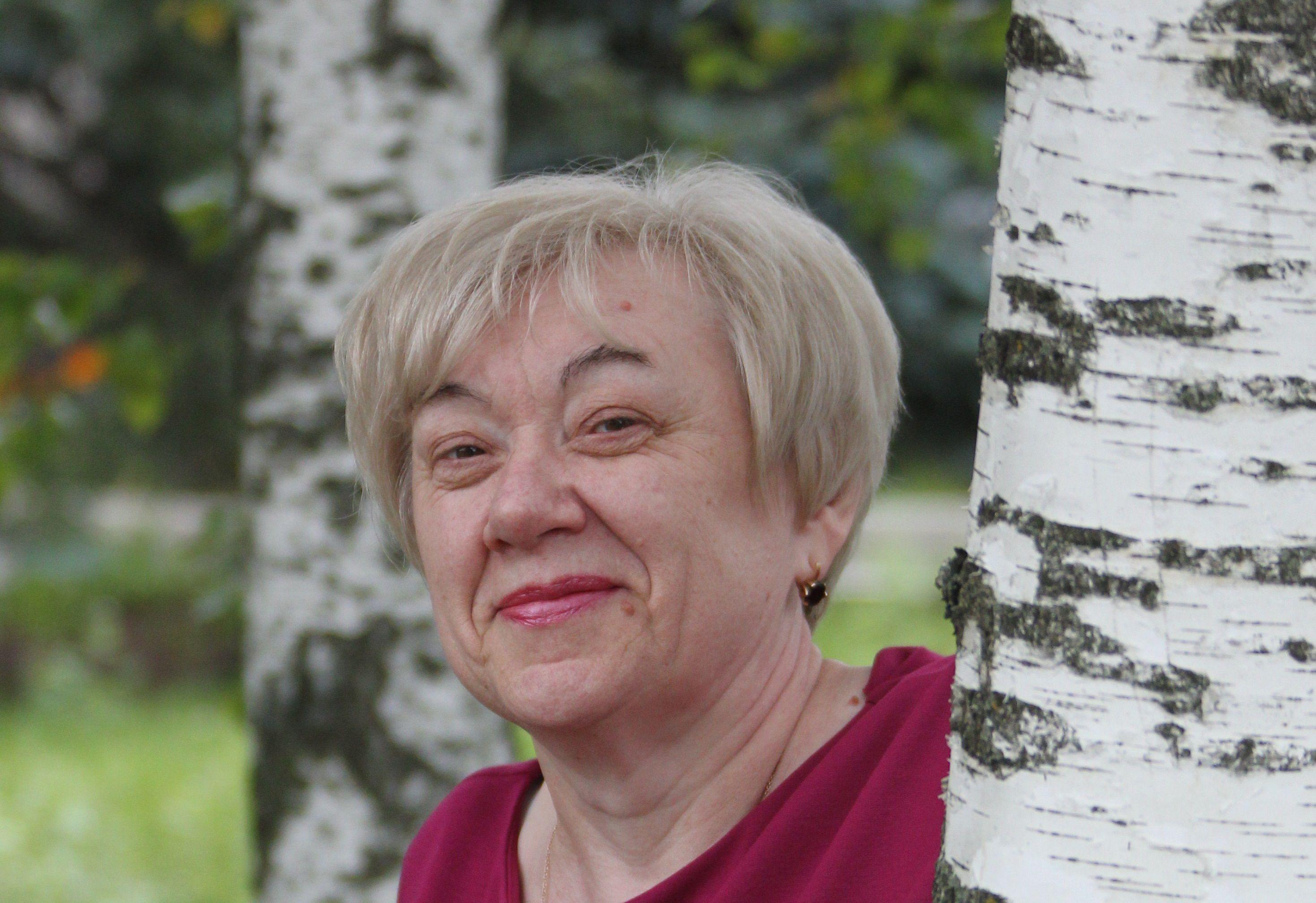 Тетя Нина, душа магазина