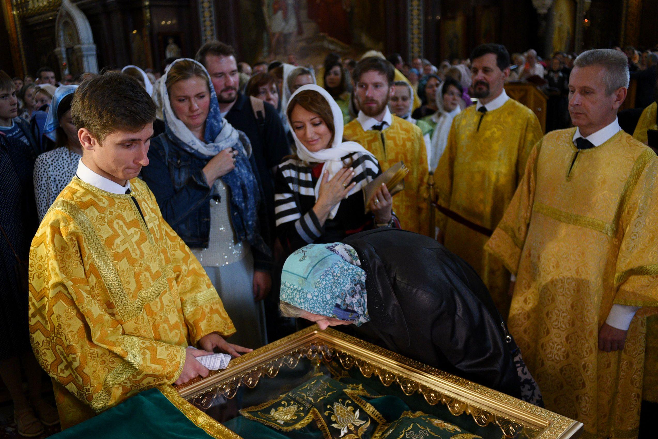 Время доступа к святыне в храме Христа Спасителя увеличили на час