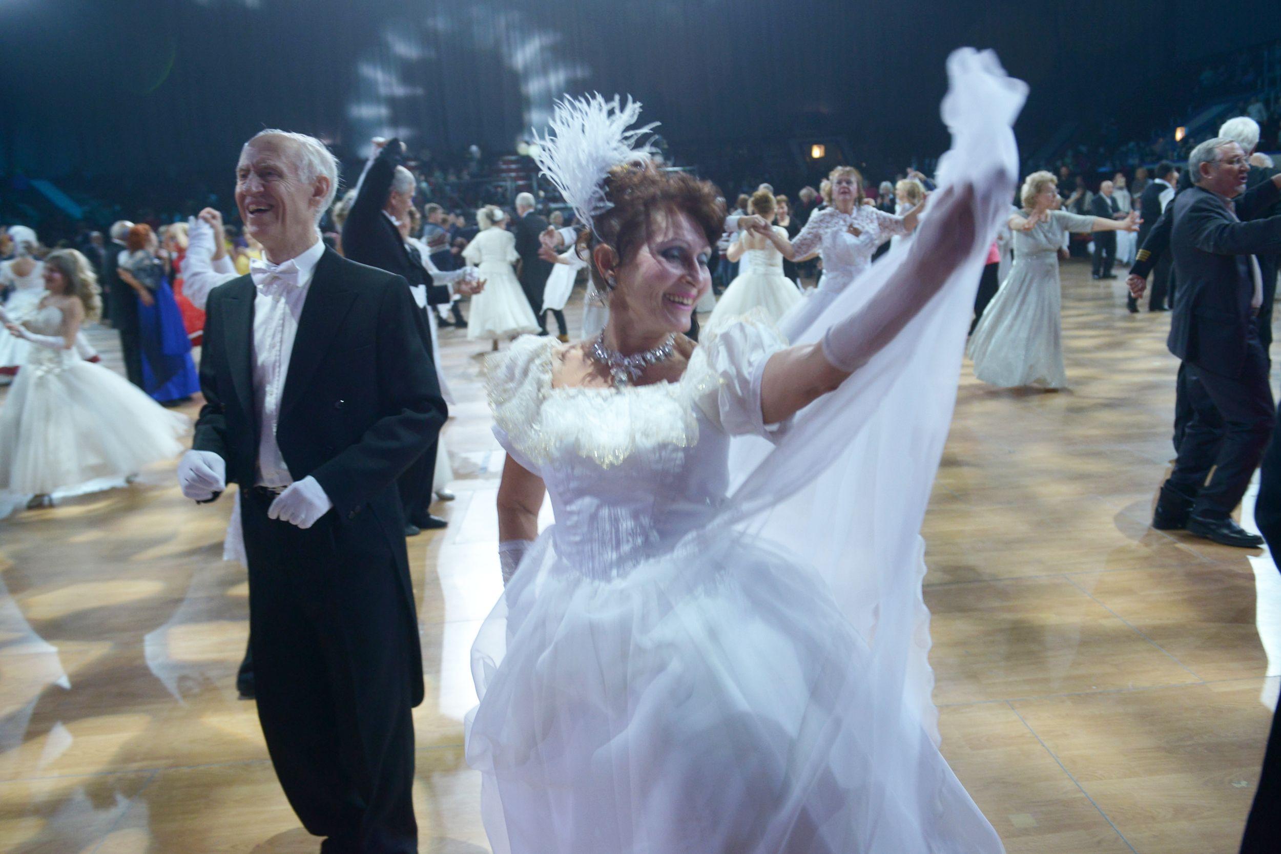 Жители Вороновского победили в отборочном этапе танцевального конкурса