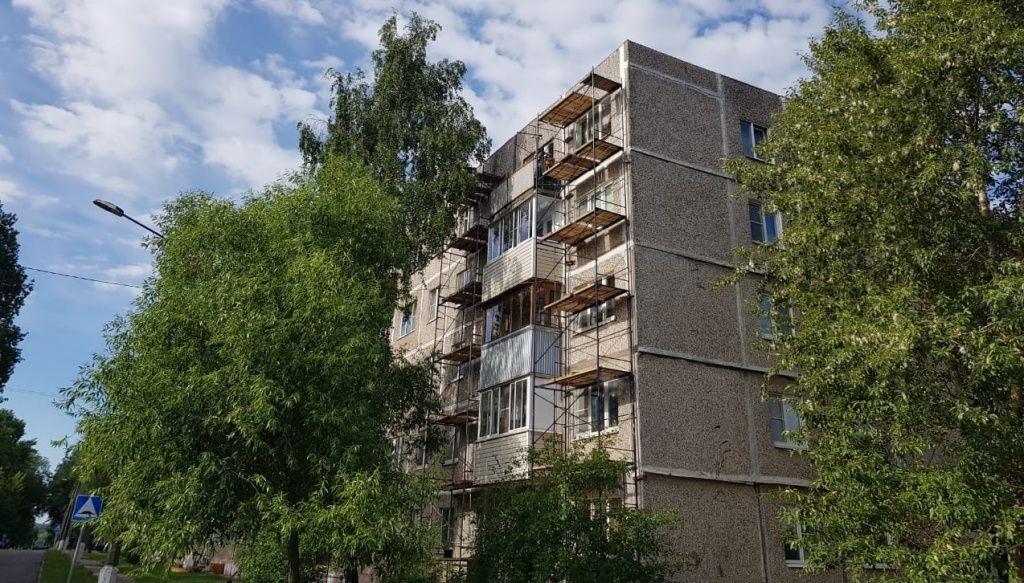 Капитальный ремонт подъездов жилых домов проведут в Кленовском