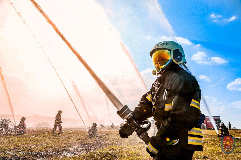 За первое полугодие московские пожарные и спасатели в столице спасли 96 человек. Фото: пресс-служба Управления по ТиНАО Департамента ГОЧсиПБ