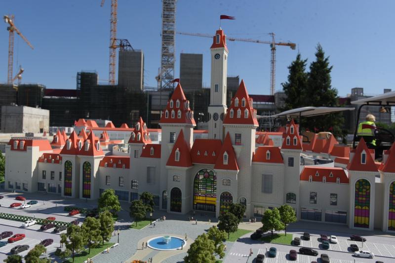 Уникальный переход связал парк развлечений «Остров мечты» с метро