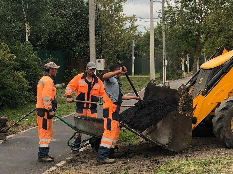 Тротуар отремонтируют в одной из деревень Кленовского