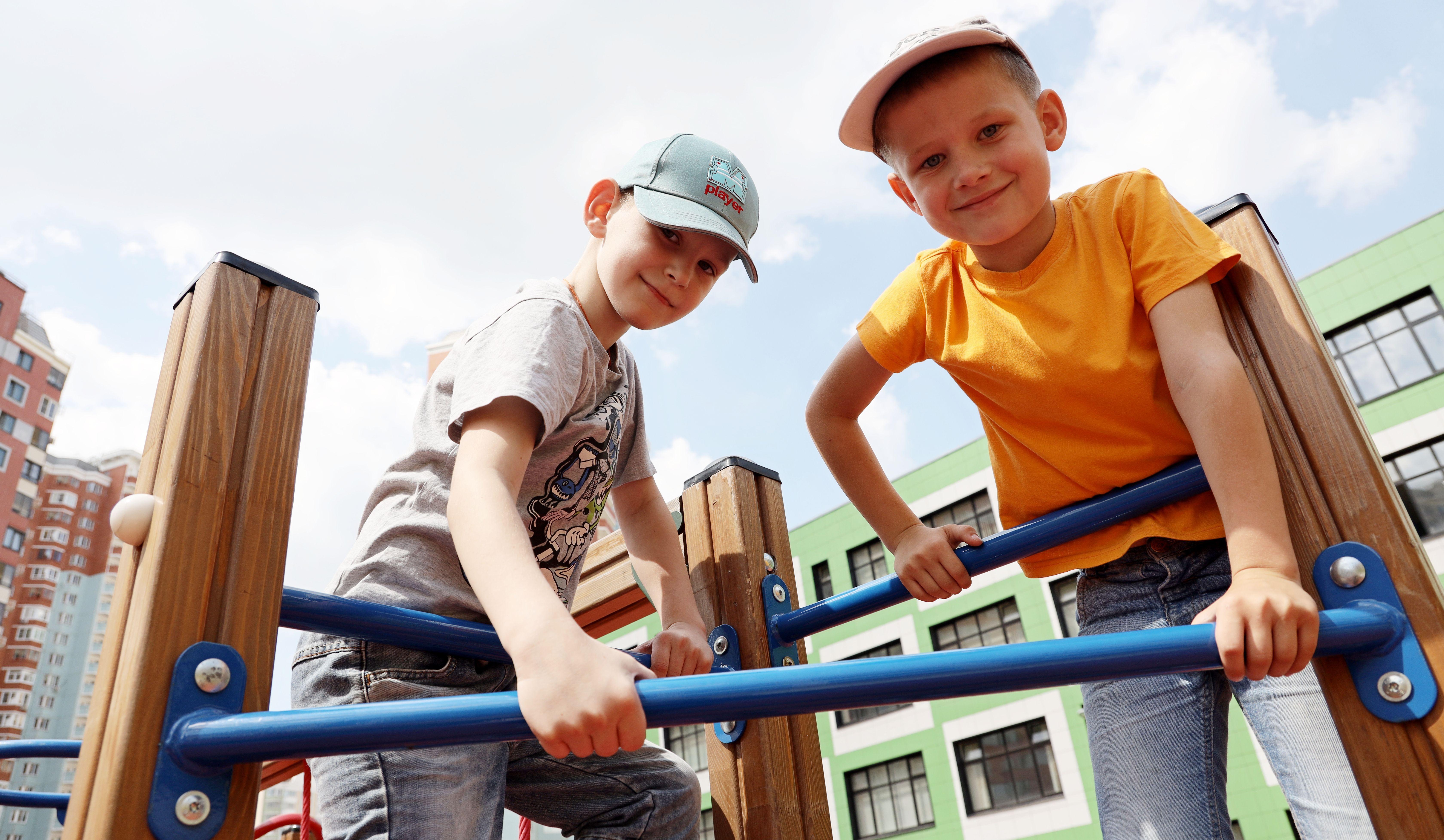 Спортивную площадку установили в поселении Новофедоровское