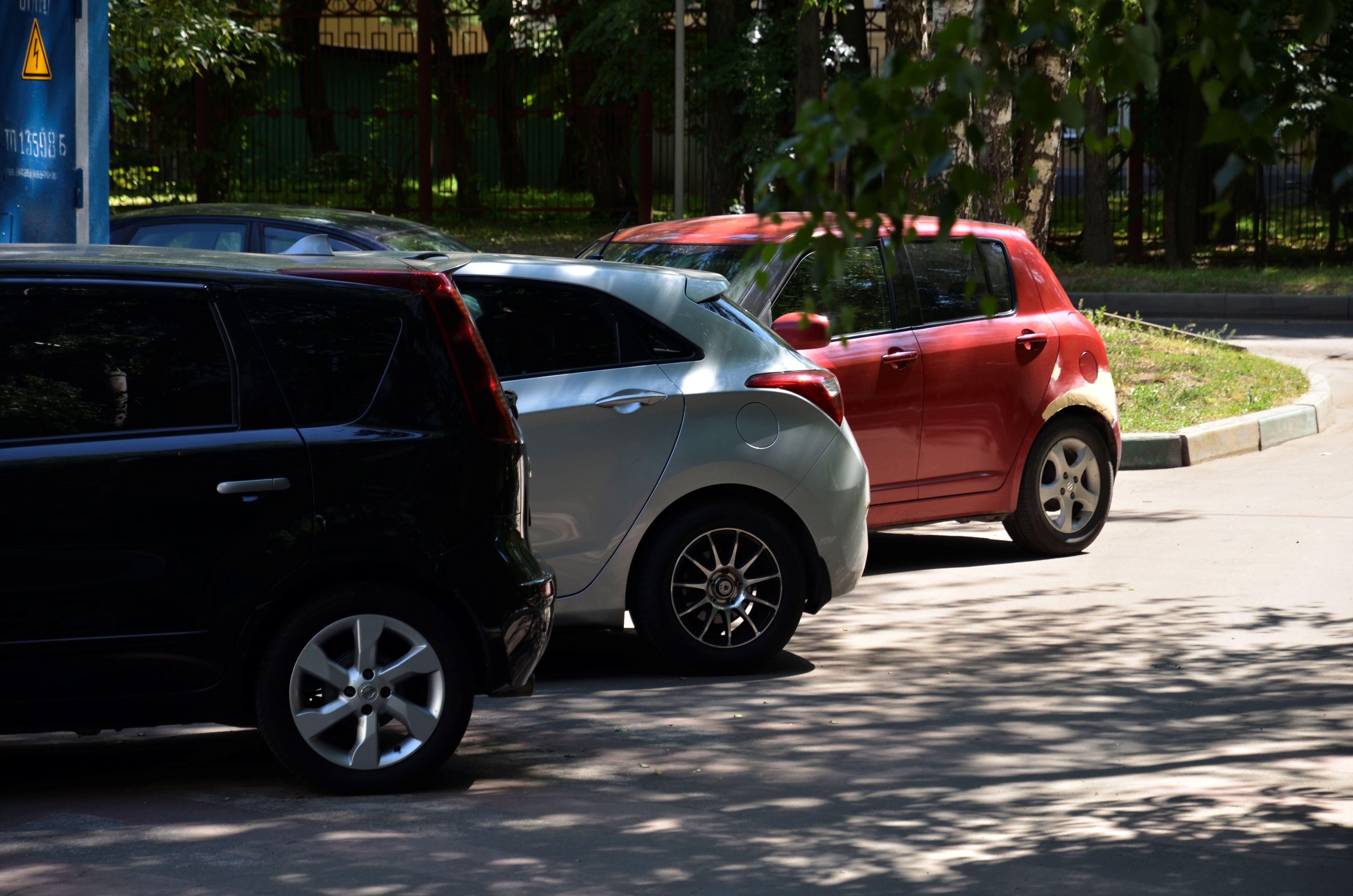 Специалисты оборудуют парковки на хуторе Ильичевка