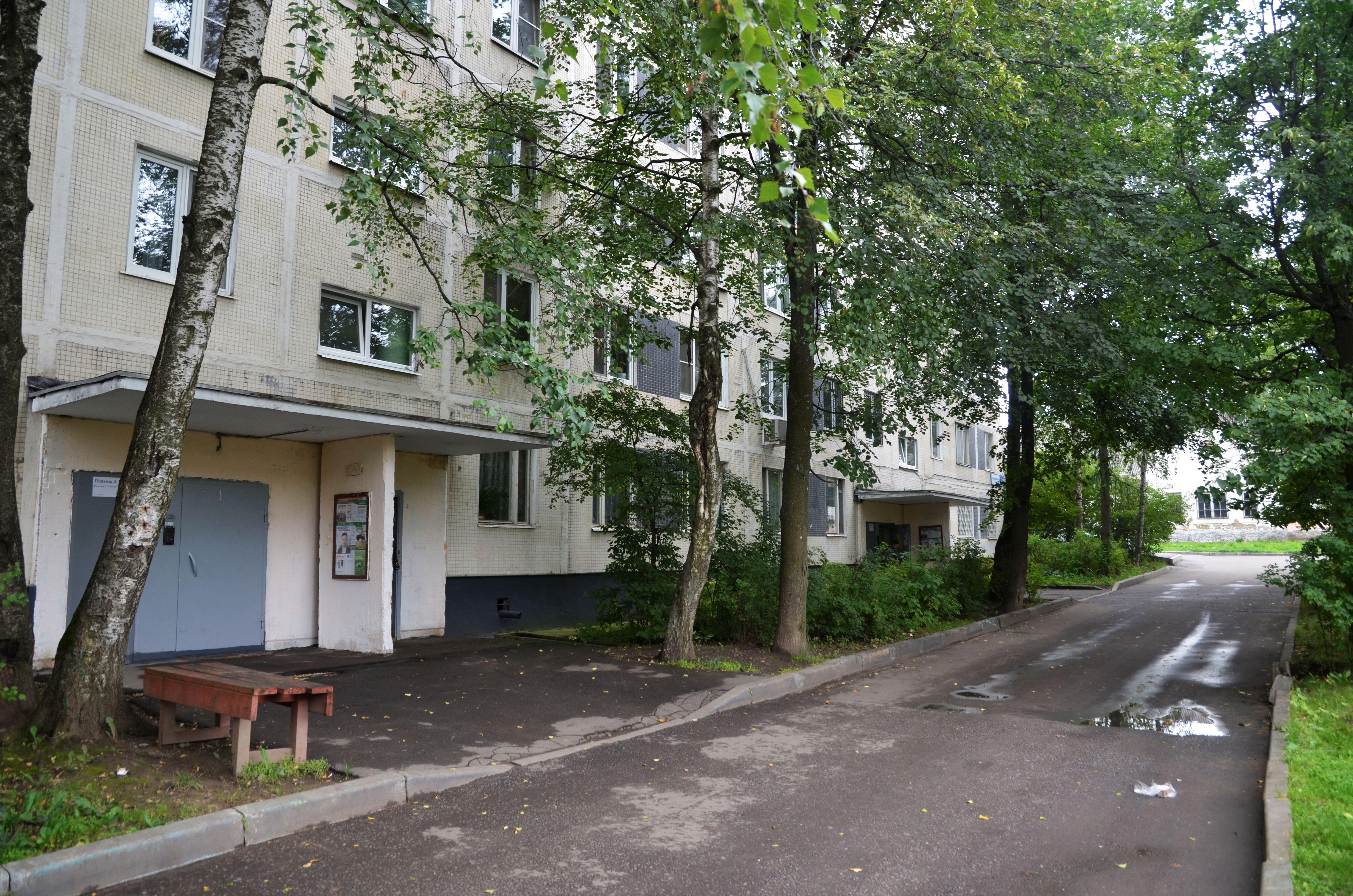 Специалисты проверят в жилых домах Киевского чердаки и подвалы