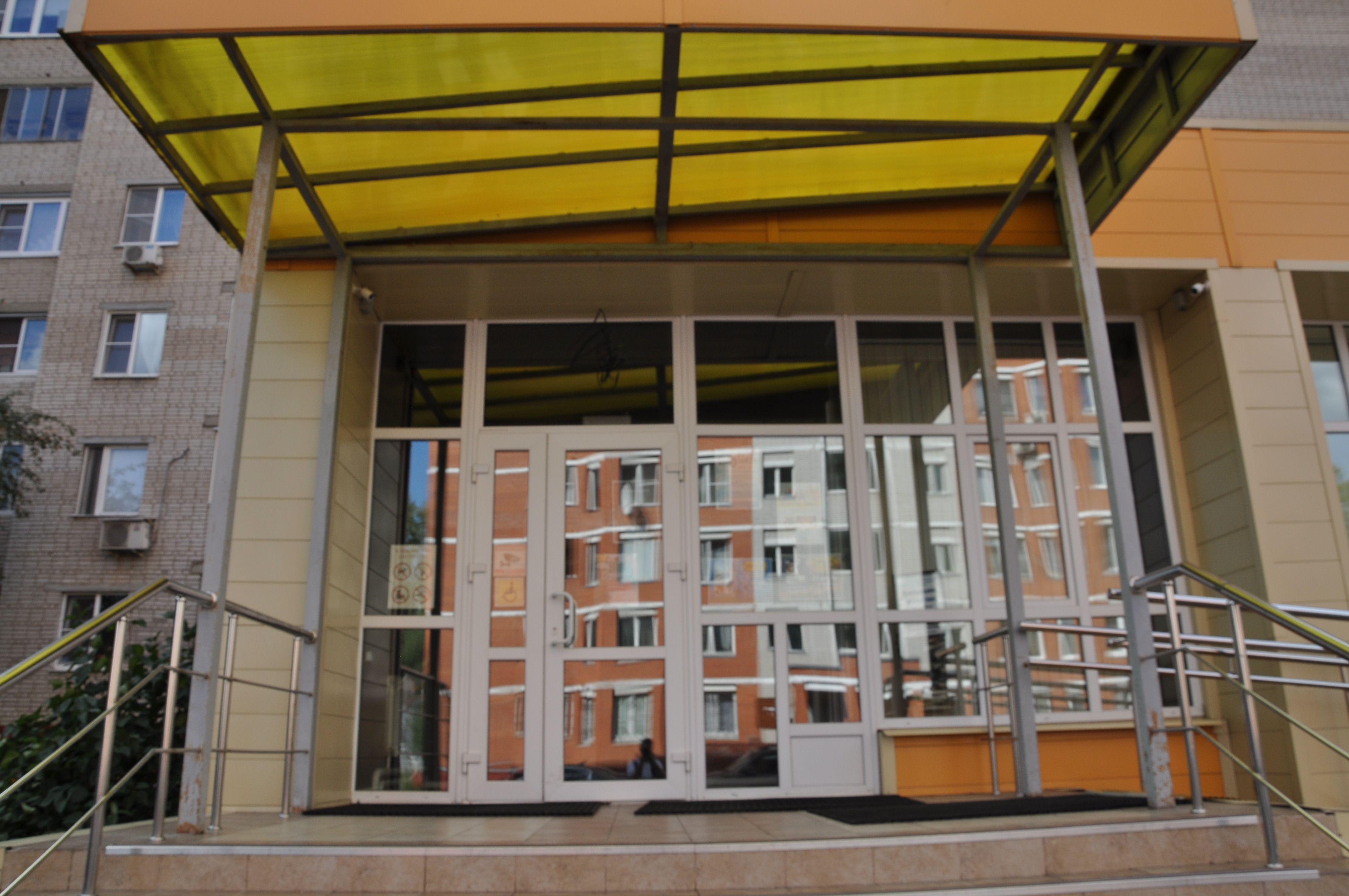 Выставку произведений Мизаила Зощенко показали в Центральной библиотеке города Щербинка