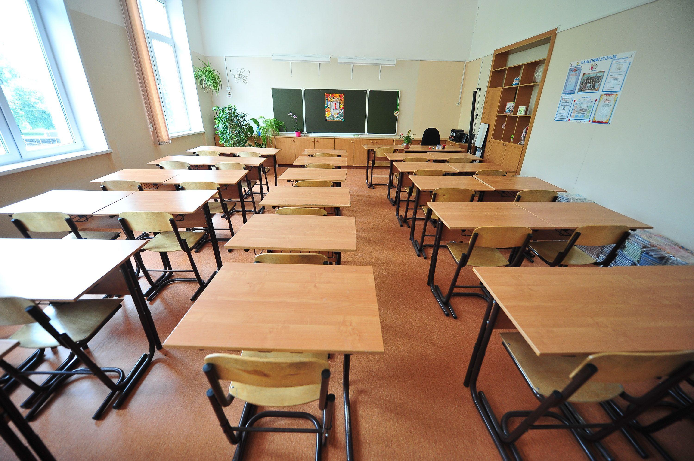 Специалисты приступили к завершающим работам в школе Мосрентгена