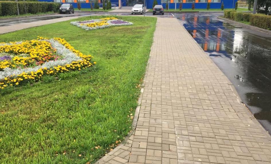 Тротуар отремонтировали в поселении Новофедоровское