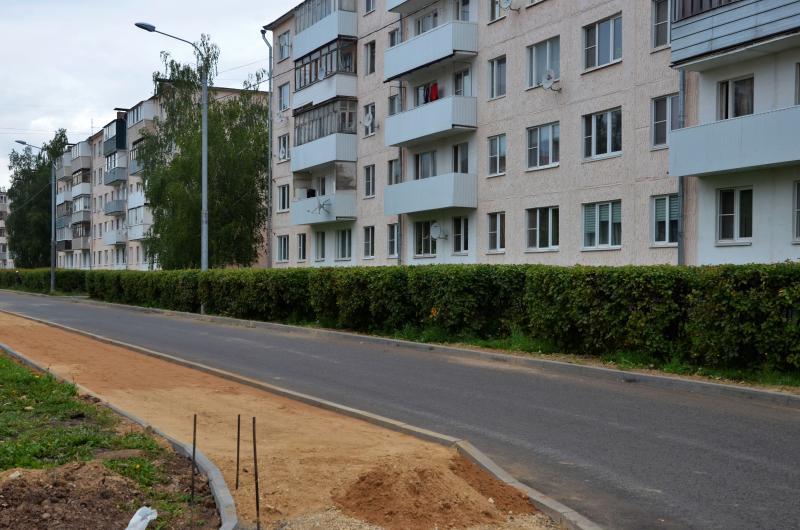 Ремонт дороги завершат в Михайлово-Ярцевском