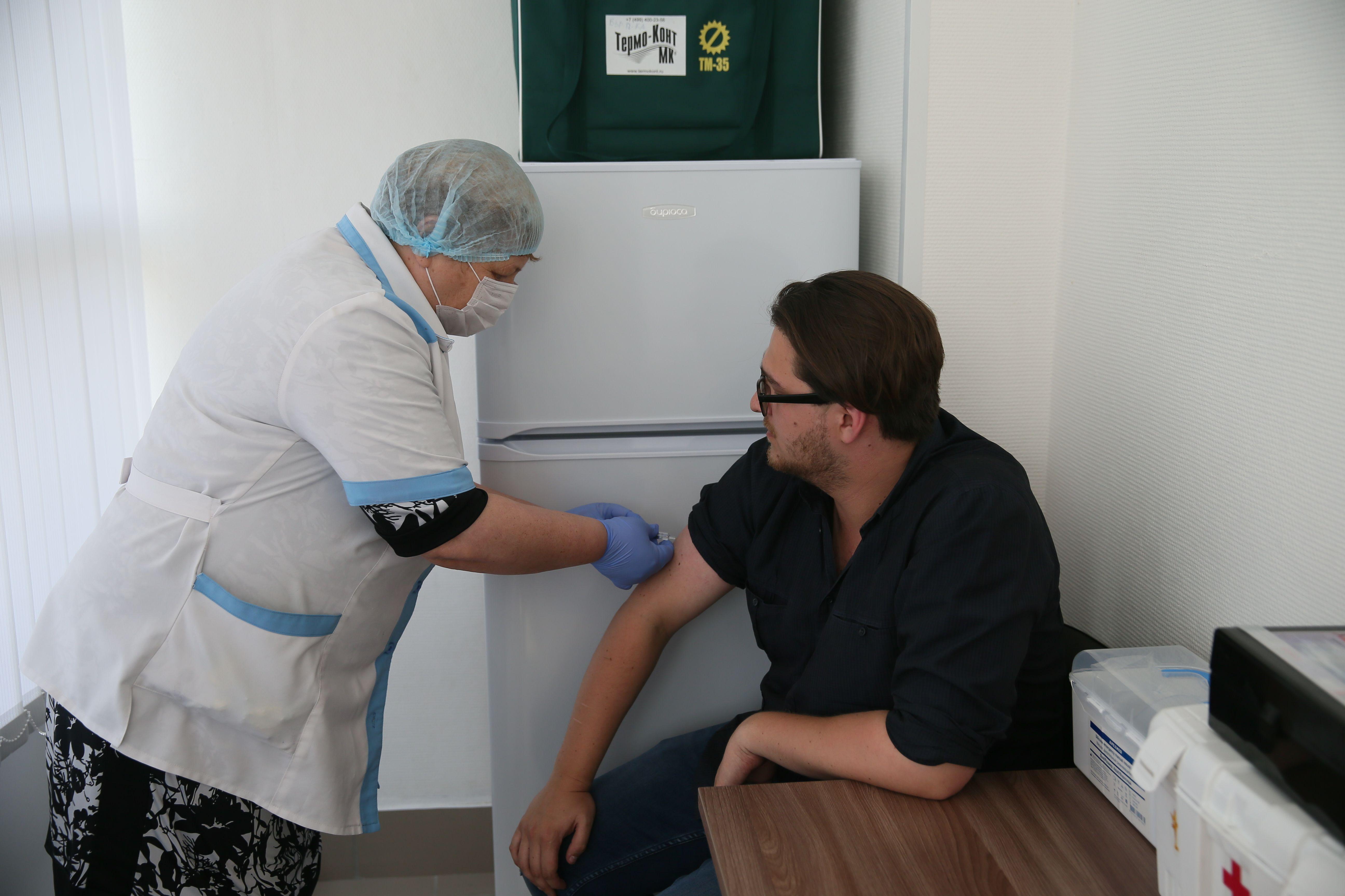 Стартовала кампания по вакцинации от гриппа