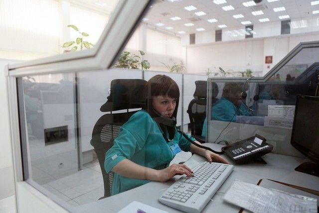 В центре дежурят около 200 диспетчеров. Фото: Анна Иванцова